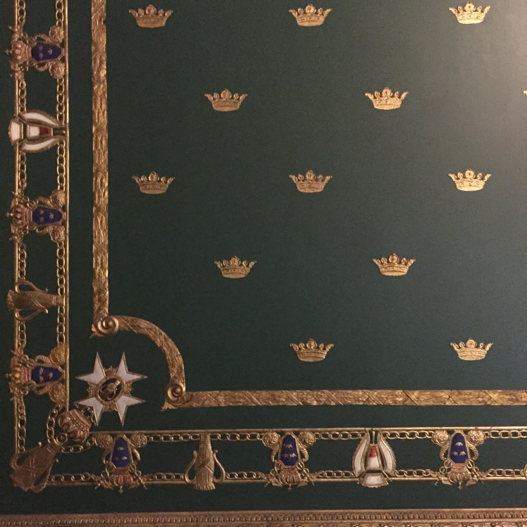 royalpalacewalls